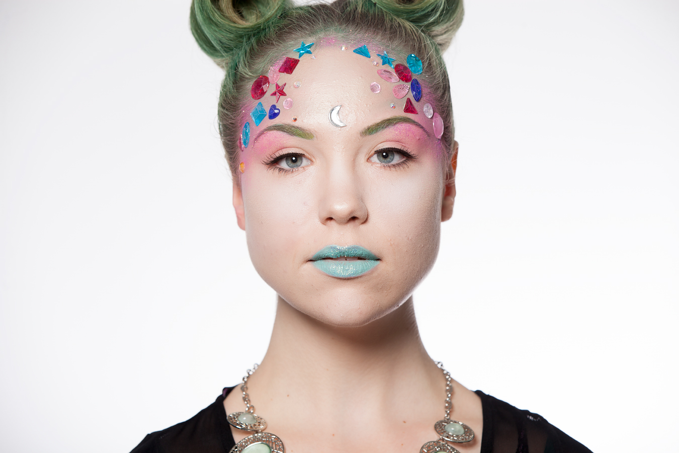 Pink Complimentary Color 10 Simple Steps To A Stylish Halloween Part 2 Aveda